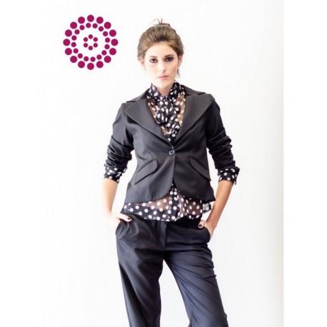 Terninho de microfibra de seda, calça clássica, spencer com pregas e bolsos